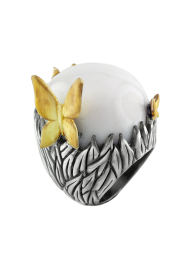 WHITE AGATE BOULDER BUTTERLY RING