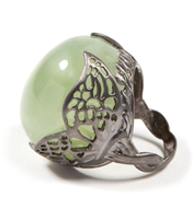 WINGED PREHNITE RING